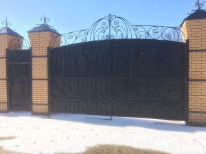 Ворота для кирпичного забора